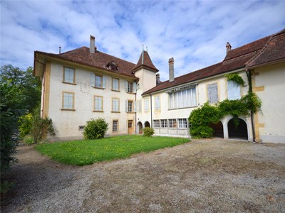 Hacienda / Estancia / Plantación for sales at Château de Muntelier with plot suitable for buildi  Murten, Murten 3286 Suiza