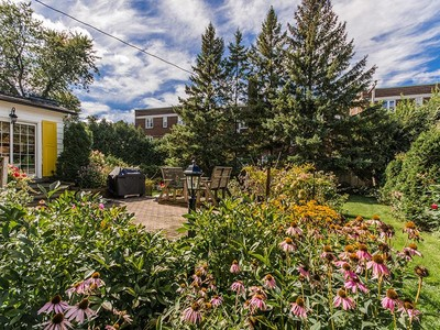 Einfamilienhaus for sales at Montreal   Mont Royal  Montreal, Quebec H3R2B1 Kanada