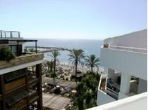 Appartement for sales at Frontline Beach Duplex Penthouse  Marbella, Costa Del Sol 29660 Espagne