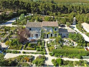 Farm / Ranch / Plantation for sales at Exceptional Estate in PROVENCE  Saint Remy De Provence, Provence-Alpes-Cote D'Azur 13210 France