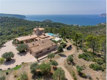 集合住宅 for sales at Exceptional Villa With Sea Views in Sant Elm  Andratx, マヨルカ 07159 スペイン