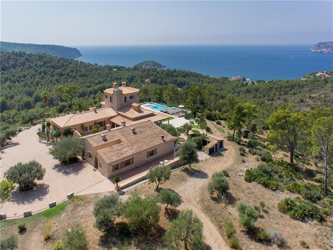 Çok Ailelik Ev for sales at Exceptional Villa With Sea Views in Sant Elm  Andratx, Mallorca 07159 Ispanya