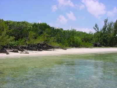 Land for sales at Tilloo Beach Subdivision Lot 27  Tilloo Cay, Abaco 0 Bahamas