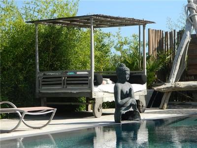 Частный односемейный дом for sales at High Tech Country Villa  Other Provence-Alpes-Cote D'Azur, Прованс-Альпы-Лазурный Берег 13400 Франция
