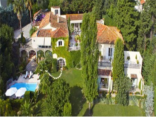 Other Residential for sales at Beautiful mansion with character near Cannes  Grasse, Provence-Alpes-Cote D'Azur 06130 France