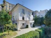 Maison unifamiliale for sales at Villa au calme secteur résidentiel  Nice,  06300 France