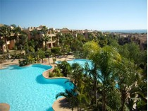 Квартира for sales at Excellent penthouse in a superb urbanization  Marbella, Costa Del Sol 29600 Испания