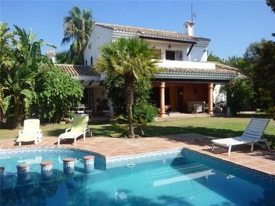 獨棟家庭住宅 for sales at Beachside villa  Estepona, Costa Del Sol 29680 西班牙