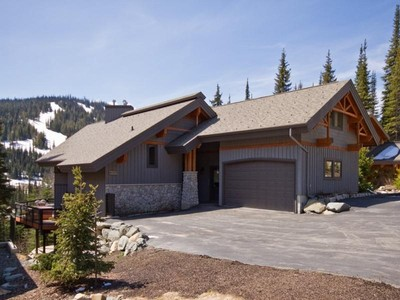 Single Family Home for sales at Custom Ski In/Ski Out Mountain Home 4103 Sundance Drive Sun Peaks, British Columbia V0E 5n0 Canada