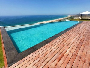 Additional photo for property listing at Fantastic villa built in a modern style with stunn  Cadiz, 安達盧西亞 11380 西班牙