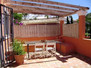 Additional photo for property listing at Semi detached house in the hills of the Golden Mil  Marbella, Costa Del Sol 29600 Spain