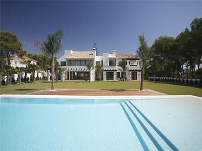 Vivienda unifamiliar for sales at Front-line golf in Guadalmina    Marbella, Costa Del Sol 29670 España