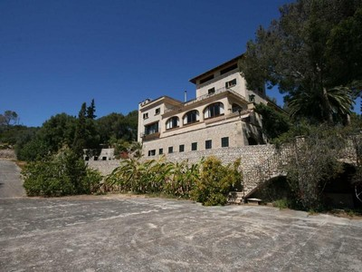 Maison unifamiliale for sales at Manor House For  With Views Of The Bay of Palma Palma, Majorque 07011 Espagne