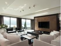 Duplex for sales at Repulse Bay Road, 56 Repulse Bay, Hong Kong
