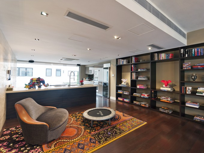 Townhouse for sales at Strawberry Hill The Peak, Hong Kong