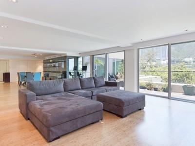 Apartamento for sales at Repulse Bay Road, 56 Repulse Bay, Hong Kong
