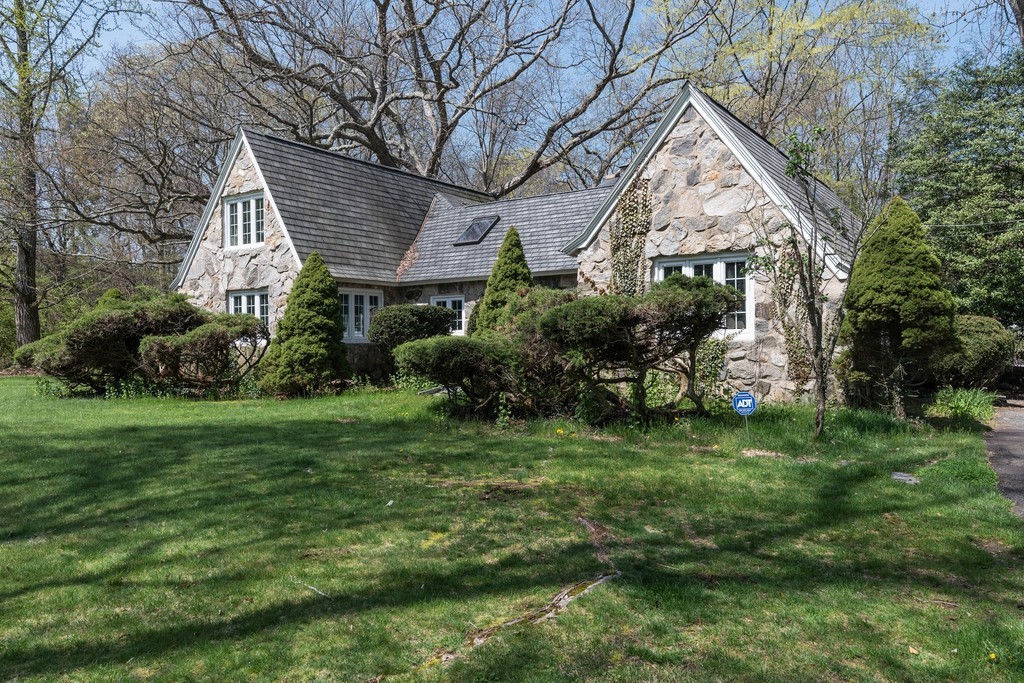 76 Lyons Plain Road Weston Connecticut 06883 Single Family Homes for Sale
