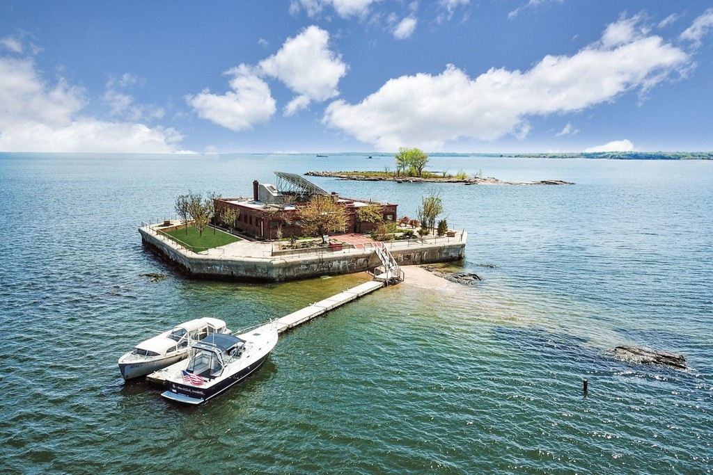 1 Columbia Island New Rochelle New York 10805 Private Islands for Sale