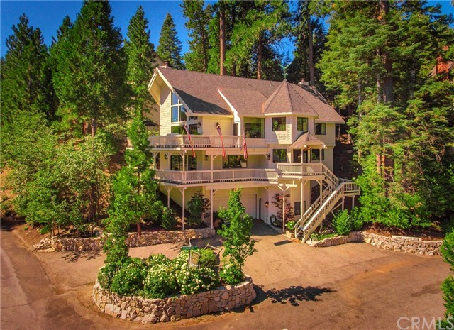 27406 Cedarwood Drive: a luxury home for sale in Lake Arrowhead, San  Bernardino County , California - Property ID:EV19195799 | Christie's