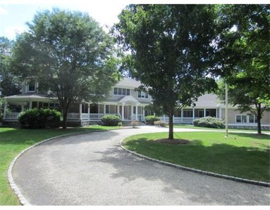 Single Family for sales at 7 Woodridge Rd  Medfield, Massachusetts 02052 United States