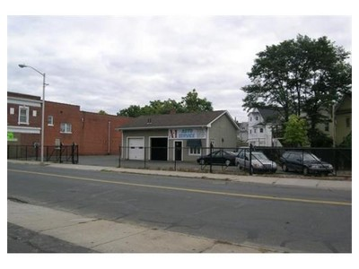 Commercial for sales at 731 Liberty St  Springfield, Massachusetts 01104 United States