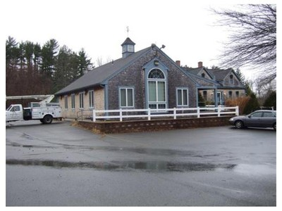 Commercial for sales at 2 Freetown St.  Lakeville, Massachusetts 02347 United States