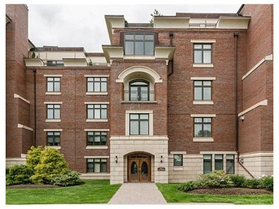 Co-op / Condo for sales at 120 Seaver St  Brookline, Massachusetts 02445 United States