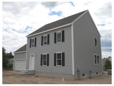 Single Family for sales at 391 Franklin St  Hanson, Massachusetts 02341 United States