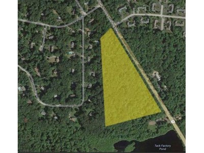 Land for sales at Lots 1-8 Chief Justice Cushing Hwy  Scituate, Massachusetts 02066 United States