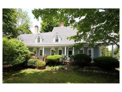 Einfamilienhaus for sales at 253 Pleasant Street  Millis, Massachusetts 02054 Vereinigte Staaten