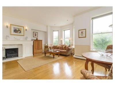 Co-op / Condo for sales at 352 Commonwealth Avenue  Boston, Massachusetts 02116 United States