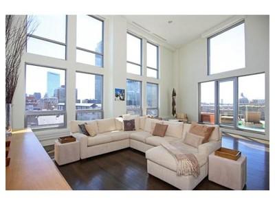 Condominium for  at 360 Newbury Street  Boston, Massachusetts 02116 United States