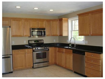 Co-op / Condo for sales at 124 Cotuit Street  North Andover, Massachusetts 01845 United States