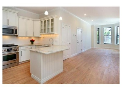 Co-op / Condo for sales at 399 Main Street  Boston, Massachusetts 02129 United States