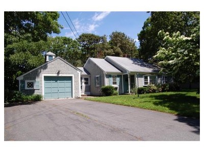 Single Family Home for  at 18 Town Hall Avenue  Yarmouth, Massachusetts 02664 United States