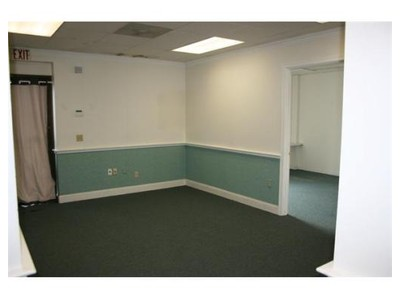 Commercial for sales at 8 Pequot Way  Canton, Massachusetts 02021 United States