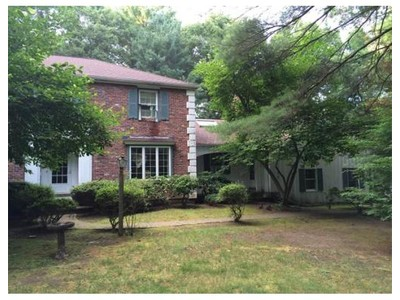 Single Family for sales at 34 Alexandra Rd  Lynnfield, Massachusetts 01940 United States