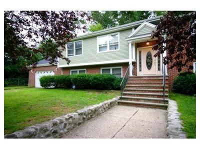 Rentals for rentals at 9 Laurel Avenue  Amesbury, Massachusetts 01913 United States