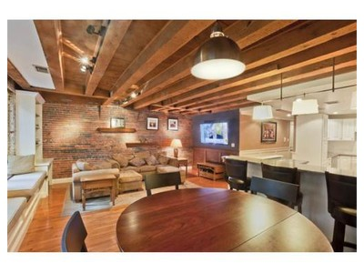 Co-op / Condo for sales at 102 Commercial Street  Boston, Massachusetts 02109 United States
