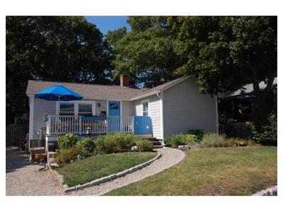 Single Family for sales at 11 Wilsons Grv  Mashpee, Massachusetts 02649 United States