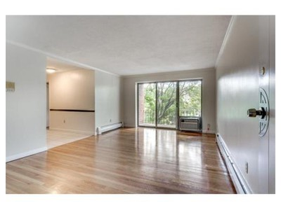 Co-op / Condo for sales at 220-230 Essex St  Melrose, Massachusetts 02176 United States