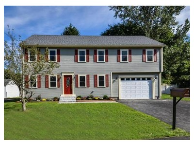 Single Family for sales at 6 Oakridge Avenue  Natick, Massachusetts 01760 United States