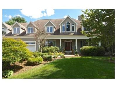 Einfamilienhaus for sales at 14 Dean Street  Millis, Massachusetts 02054 Vereinigte Staaten