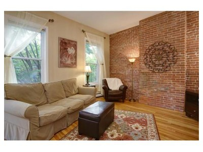 Co-op / Condo for sales at 30 Chestnut St  Boston, Massachusetts 02129 United States