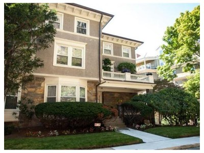 Co-op / Condo for sales at 19 Regent Cir  Brookline, Massachusetts 02445 United States
