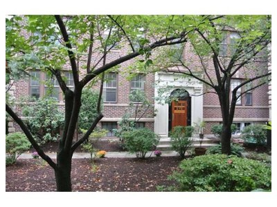 Co-op / Condo for sales at 35 Winslow Rd  Brookline, Massachusetts 02446 United States