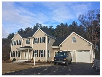 Einfamilienhaus for sales at 8 Pinehouse Road  Millis, Massachusetts 02054 Vereinigte Staaten