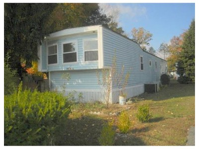 Mobile Homes for sales at 157 Mansfield Ave.  Norton, Massachusetts 02766 United States