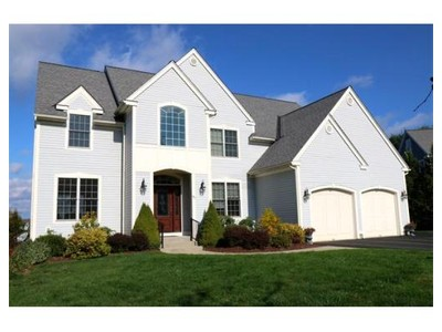 Single Family Home for  at 48 Tanglewood Road  Amherst, Massachusetts 01002 United States
