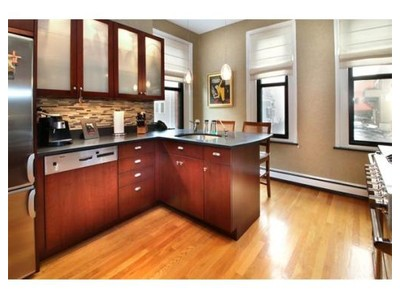 Co-op / Condo for sales at 330 E St  Boston, Massachusetts 02127 United States